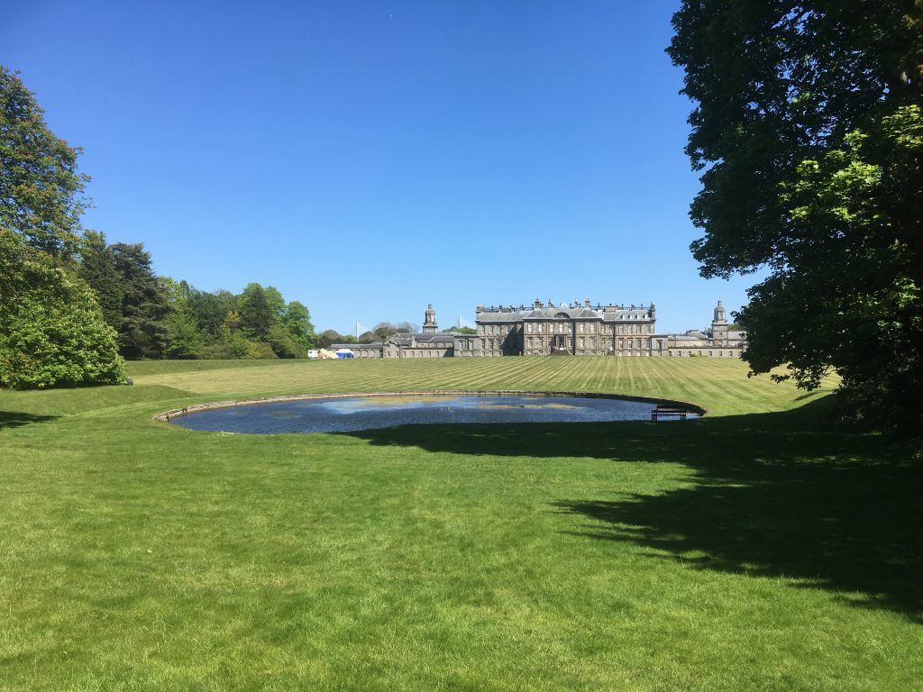 Hopetoun House on the Firth of Forth
