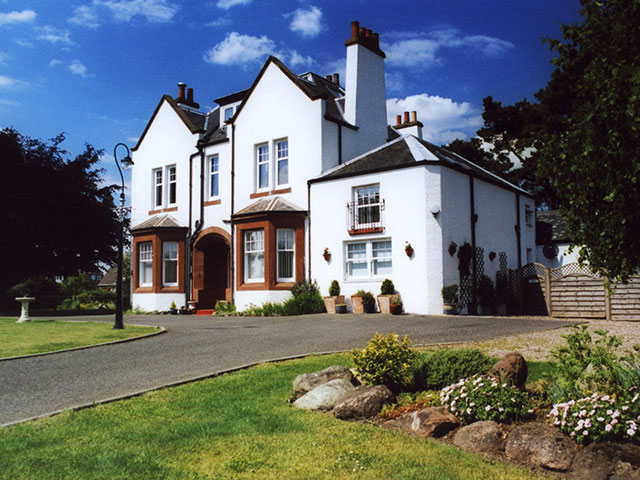 Pinewood Guesthouse